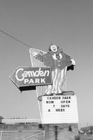 Camden_park_clown_up_medium