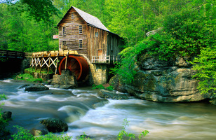 Glade_creek_grist_mill_spring_def_up_medium