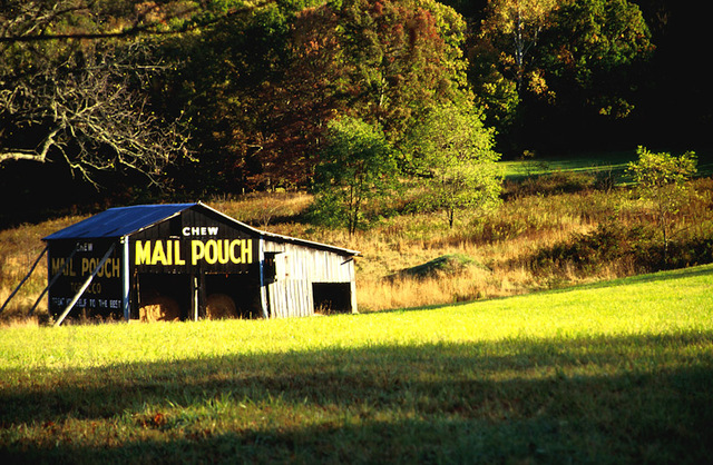 Mail_pouch_barn_scene_def_up_standard
