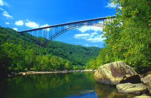 New_river_gorge_bridge_def_up_medium