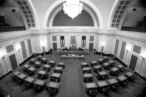 Senate_chambers-sjs-03_up_medium