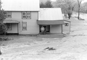 1985flood1p_medium