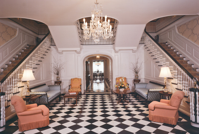 Entry Foyer Synonym : Image gallery mansion foyer