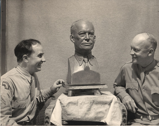 Eisenhower_and_bust_standard
