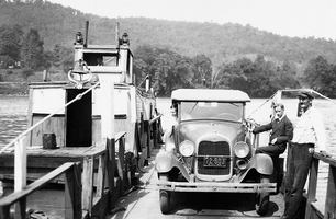 St_albans_ferry_1931_medium