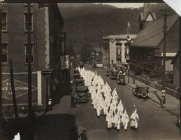 Kkk_hinton_1934_medium
