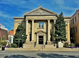 Huntington_carnegie_public_library_2012-10-14_15-18-12_medium